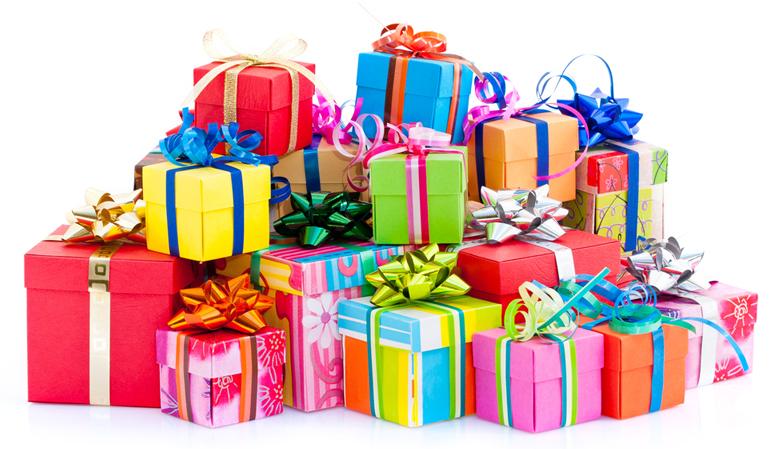 Cadeautjes van Sinterklaas tijdens Pakjesavond